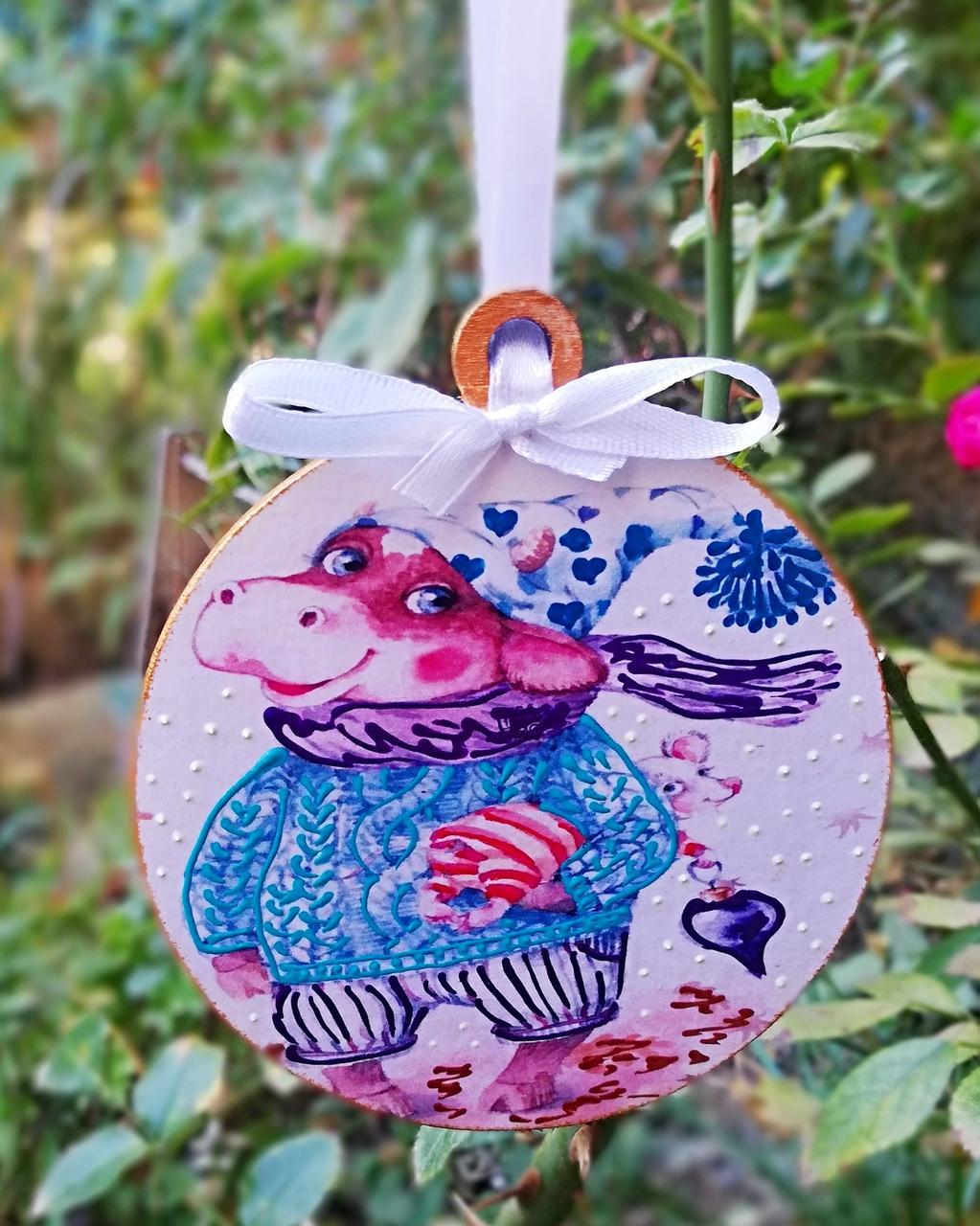 Елочная игрушка Okl Год быка 9.5 см разноцветная РР 106