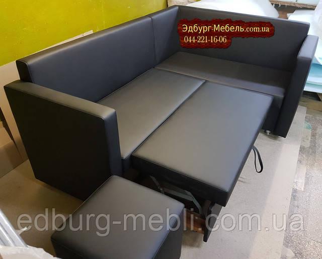 Кухонный диван с подлокотниками и спальным местом
