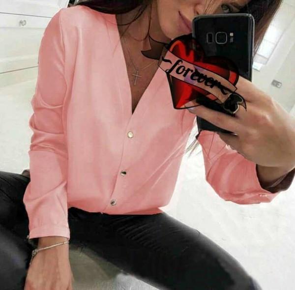 Жіноча шовкова блузка з гудзиками