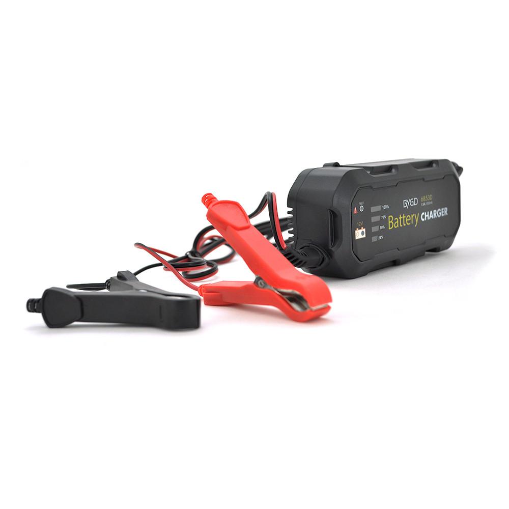 Автомобільний зарядний пристрій MERLION-BYGD 12V 1.5 А, з індикацією + крокодили