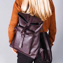 Рюкзак вместительный бордовый с накладным карманом ,пошив из натуральной кожи в любом цвете.