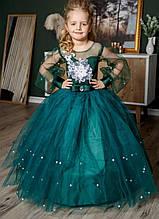 Зеленое детское пышное платье изумрудное с жемчугом и кружевом