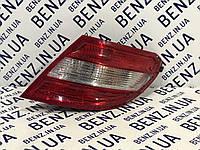 Задняя фара правая Mercedes W204 A2048200264