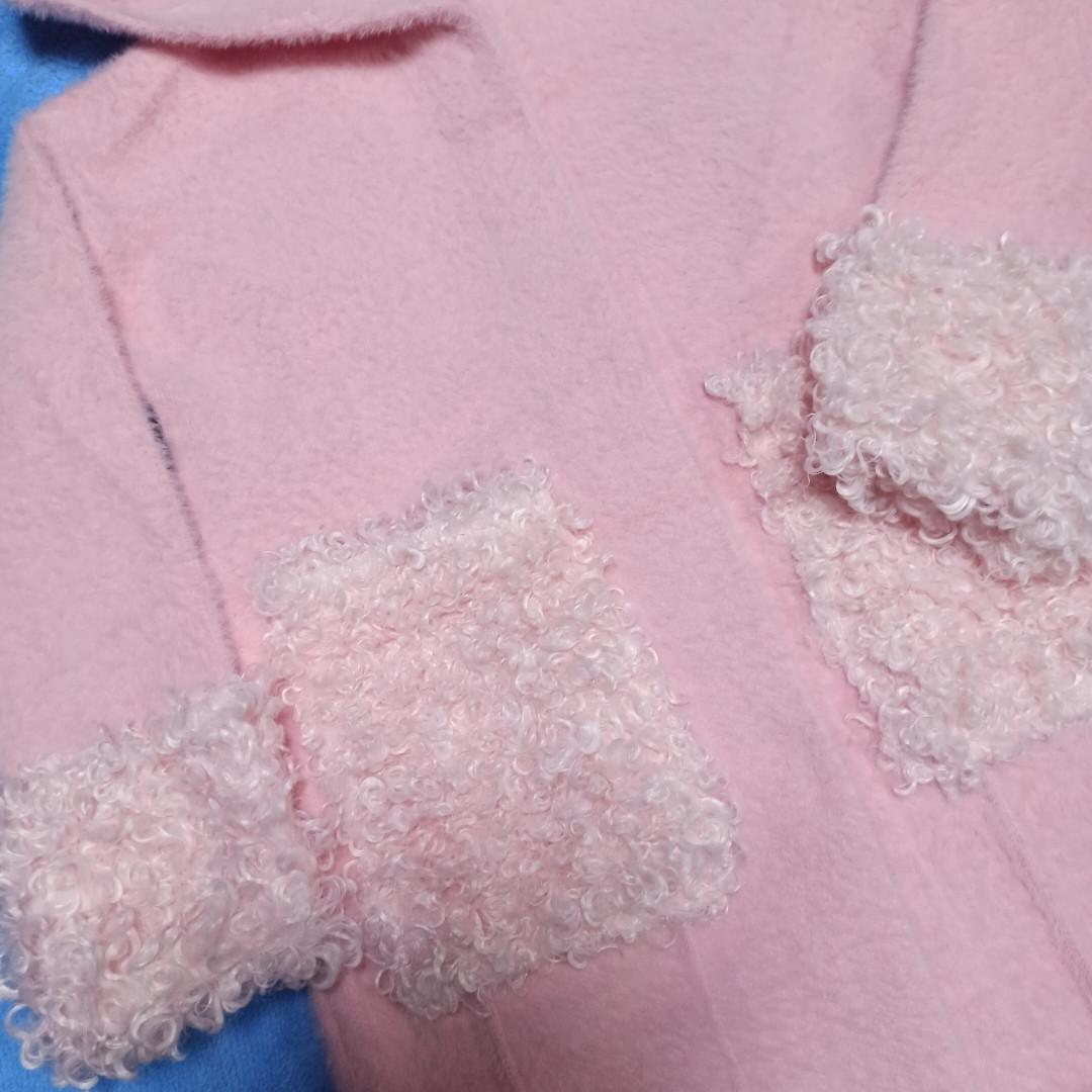 Модный красивый теплый кардиган для девочки.Цвет- розовый. Украшение- ниточная отделка.