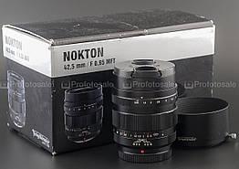 Voigtlander 42.5mm f/0.95 Nokton (Micro 4/3)