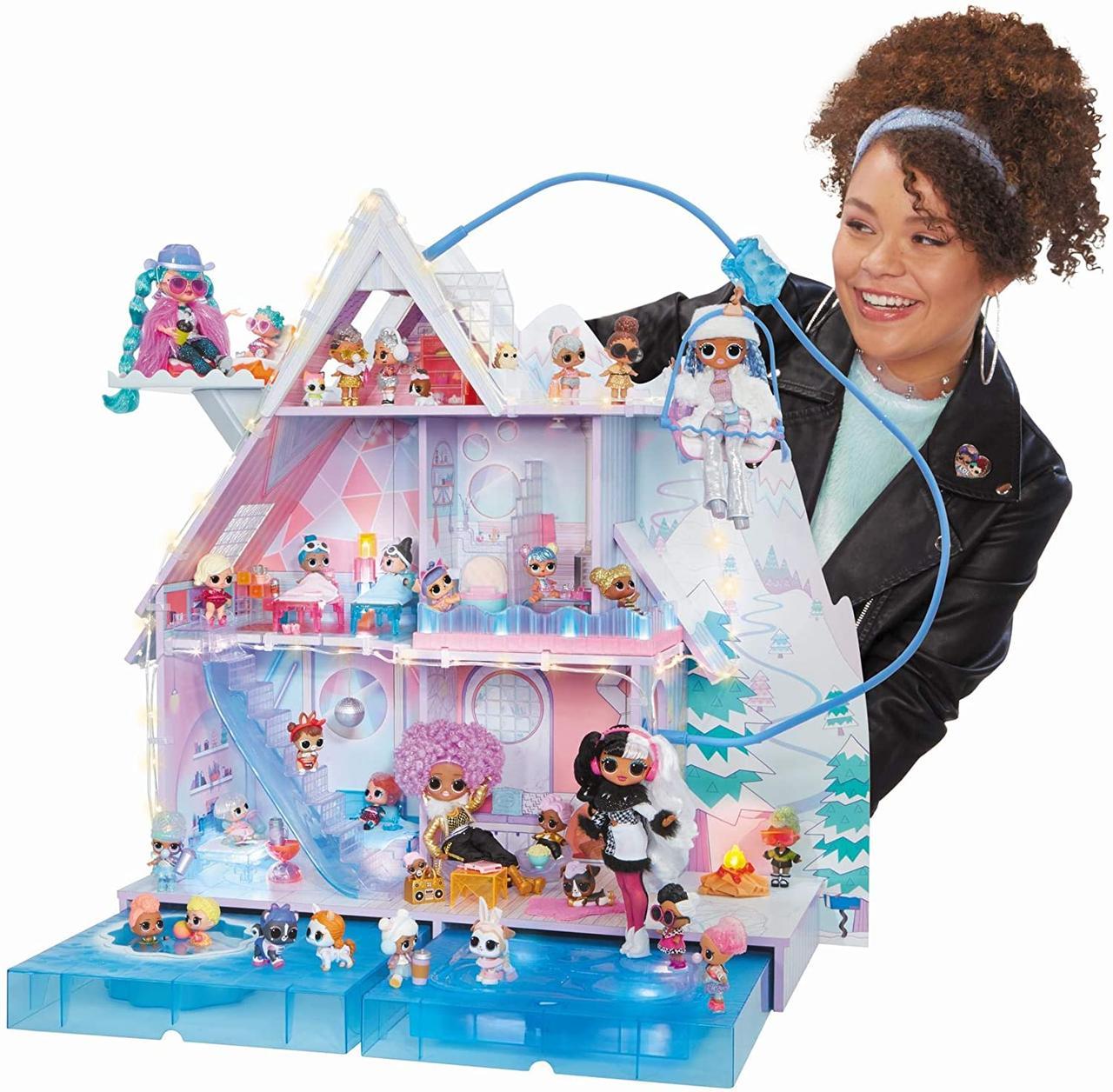 Домик для кукол ЛОЛ Сюрприз Зимний Шале  - LOL Surprise Chalet Winter Wonderland 571452