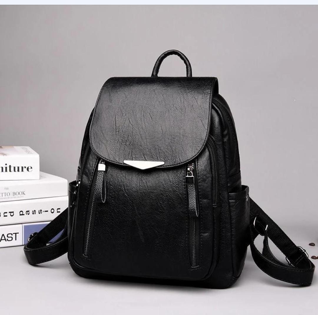 Женские рюкзаки Цвет черный