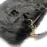 Женская большая меховая классическая черная сумка на цепочке с мехом черная, фото 7