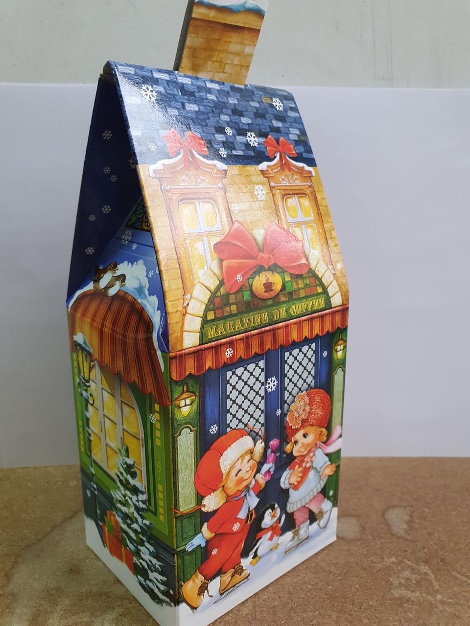 Новорічна подарункова картонна упаковка (пакет) для цукерок 300 грам