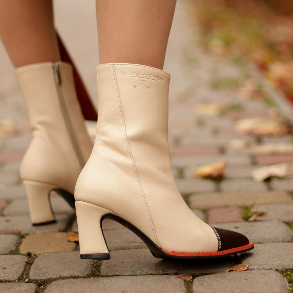 Ботинки с острым носком, каблук 6см, цвет молоко/коричневый