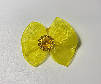 Бантик для собак желтый с камнем, 4 см