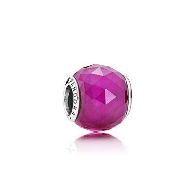 Шарм «Красный ограненный кристалл»