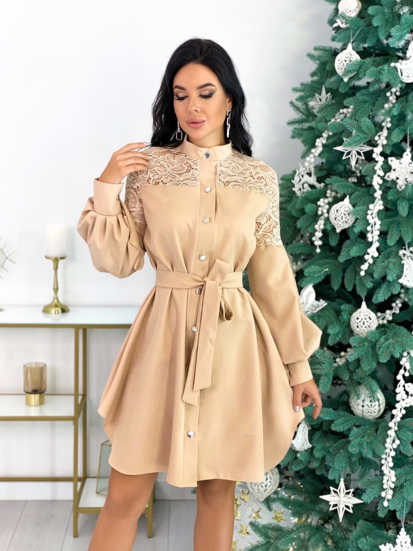 Платье с гипюровыми вставками 50-502