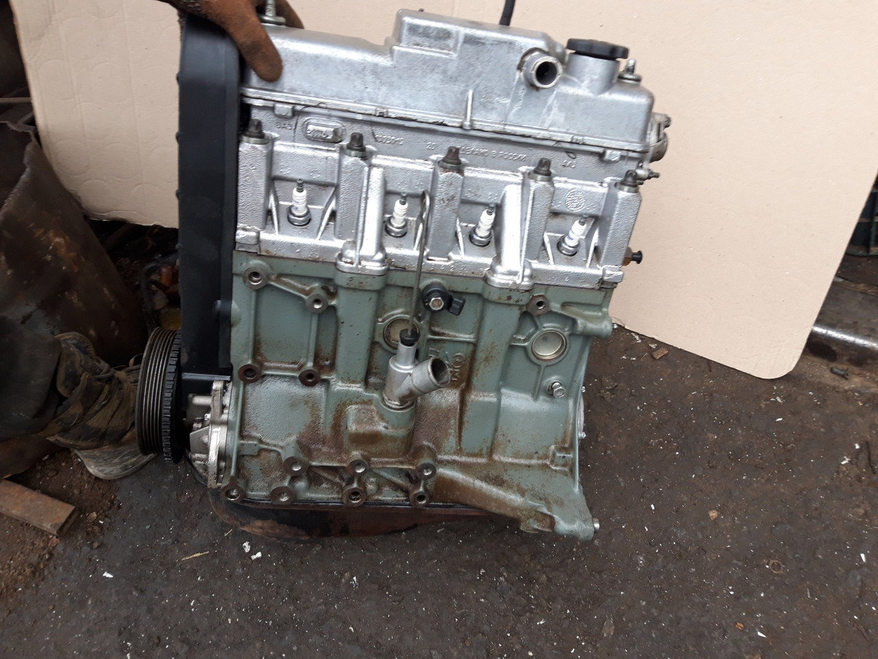 Двигун 1600 8 клапанний інжекторний ВАЗ 2115