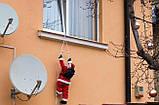 Новогодняя игрушка, декор для дома - подвесной Санта Клаус 50 см с мешком на лестнице, фото 5