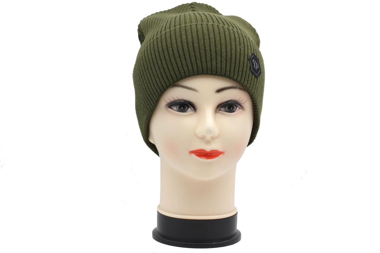 Вязаная трикотажная женская шапка зеленого цвета