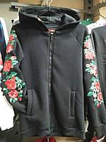 """Жіночий вишитий світшот """"Польська роза"""" чорний"""
