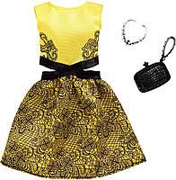 Одежда для куклы Барби Желтое платье с черным орнаментом Barbie Fashion FXJ08, фото 2