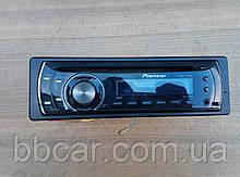 Магнитофон Pioneer DEH-1100MP