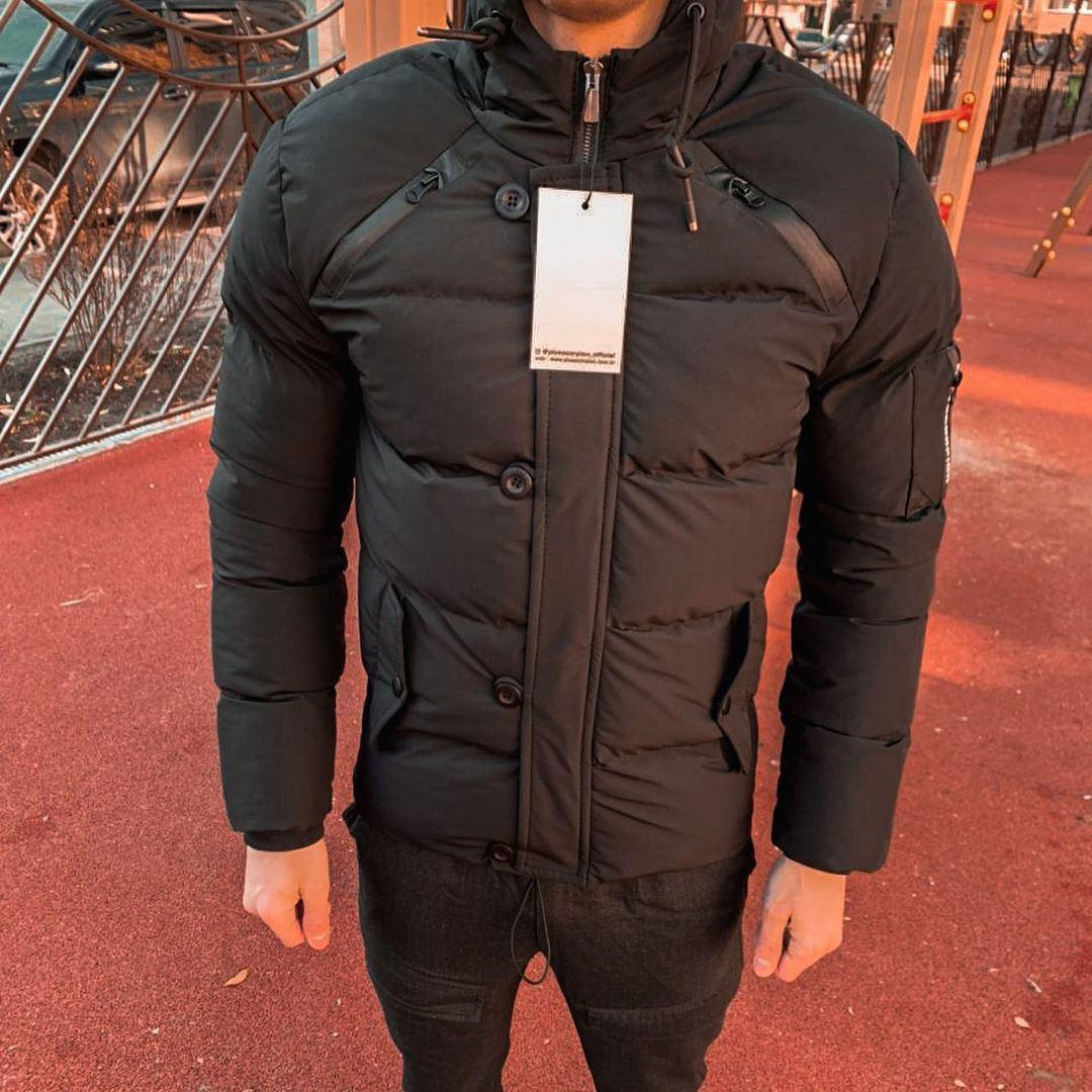 Куртка зимняя мужская черного цвета