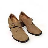 Глубокие туфли-монки с оригинальным каблуком 8см, цвет табако, в наличии размер 38, фото 3