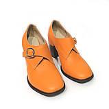 Глубокие туфли-монки с оригинальным каблуком 8см, цвет морковный, в наличии размер 38, фото 3