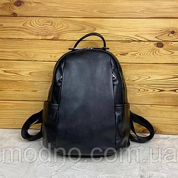 Жіночий шкіряний місткий рюкзак міський в двох розмірах Великий чорний