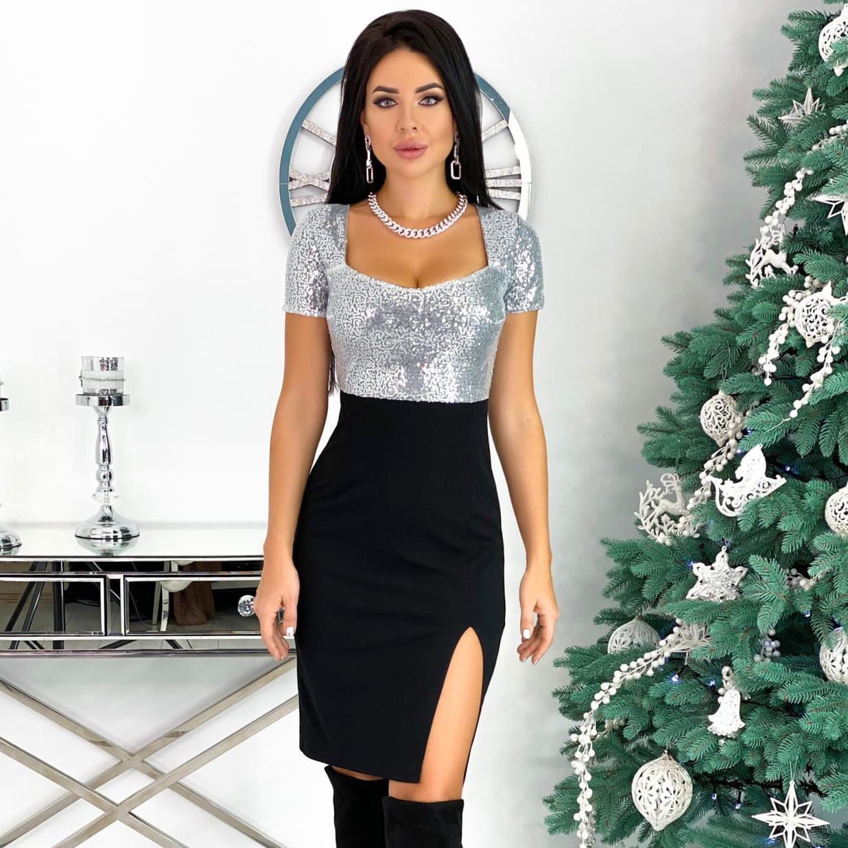 Вечернее серебристое платье с пайетками