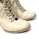 Ботильйони з відкритою шнурівкою, каблук 6 см, колір молочний, фото 4