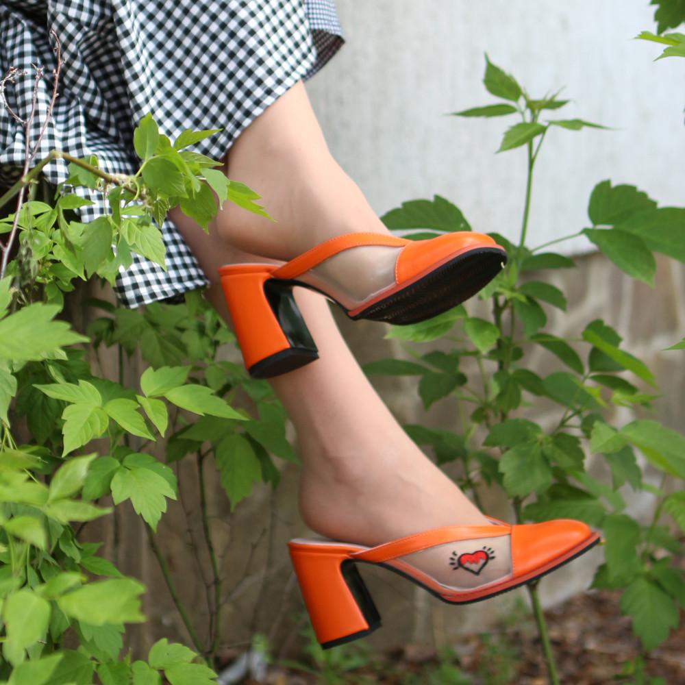 Мюли из кожи и сетки с вышивкой, каблук 8см, цвет оранж