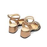 Босоножки с закрытым носком из кожи бронзового цвета и питона, каблук 4см, в наличии размер 36, фото 4