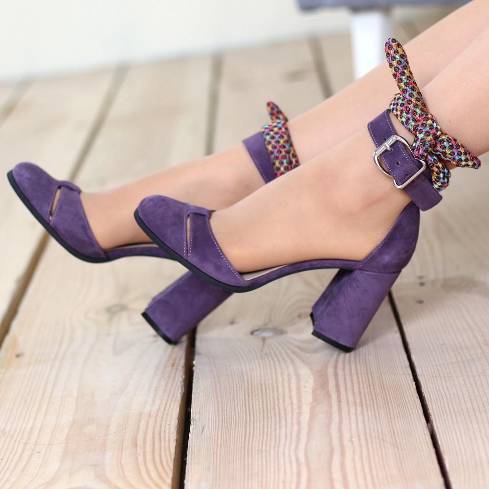 Туфли-деленки с текстильными завязками и союзкой из двух деталей, каблук 8см, цвет пыльный фиолет