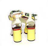 Глубокие туфли с открытой пяткой, каблук 8см, цвет молочный беж/ жёлтый, в наличии размер 37, фото 4