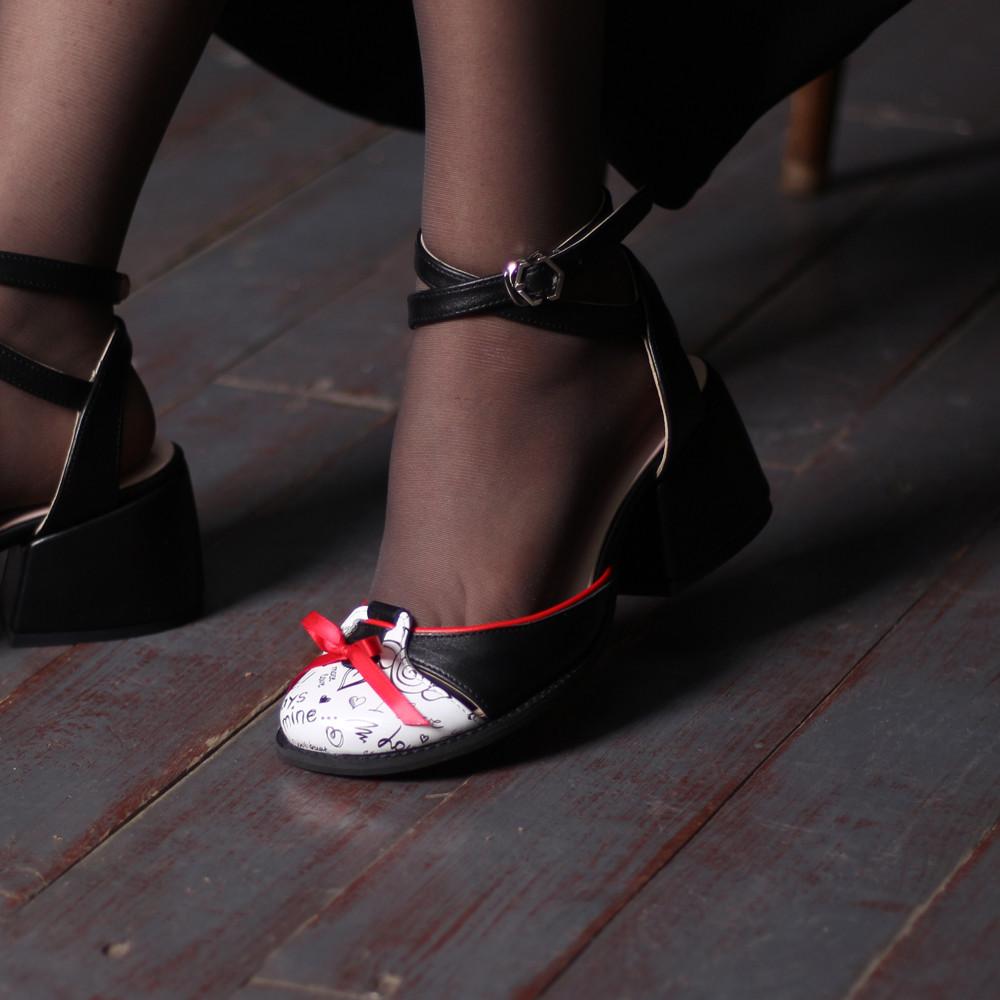 Босоножки с закрытым носочком, каблук 4см, цвет черный