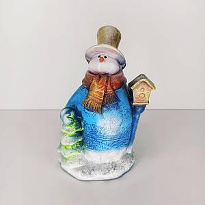 Копилка Снеговик с елочкой 22 см
