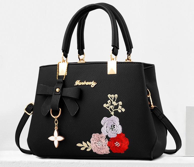 Жіноча сумка з вишивкою квіти