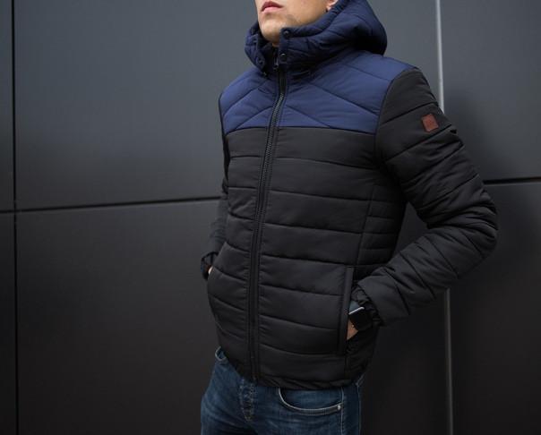 Мужская куртка зимняя чёрная с синей вставкой. Куртка теплая. Размеры (S,M,L,XL)
