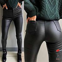 Зимние теплые брюки-лосины женские на флисе черного цвета СБ/-24893