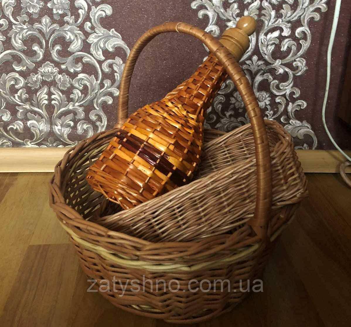 Набор новогодний: корзина плетеная, бутылка из лозы, хлебница плетеная