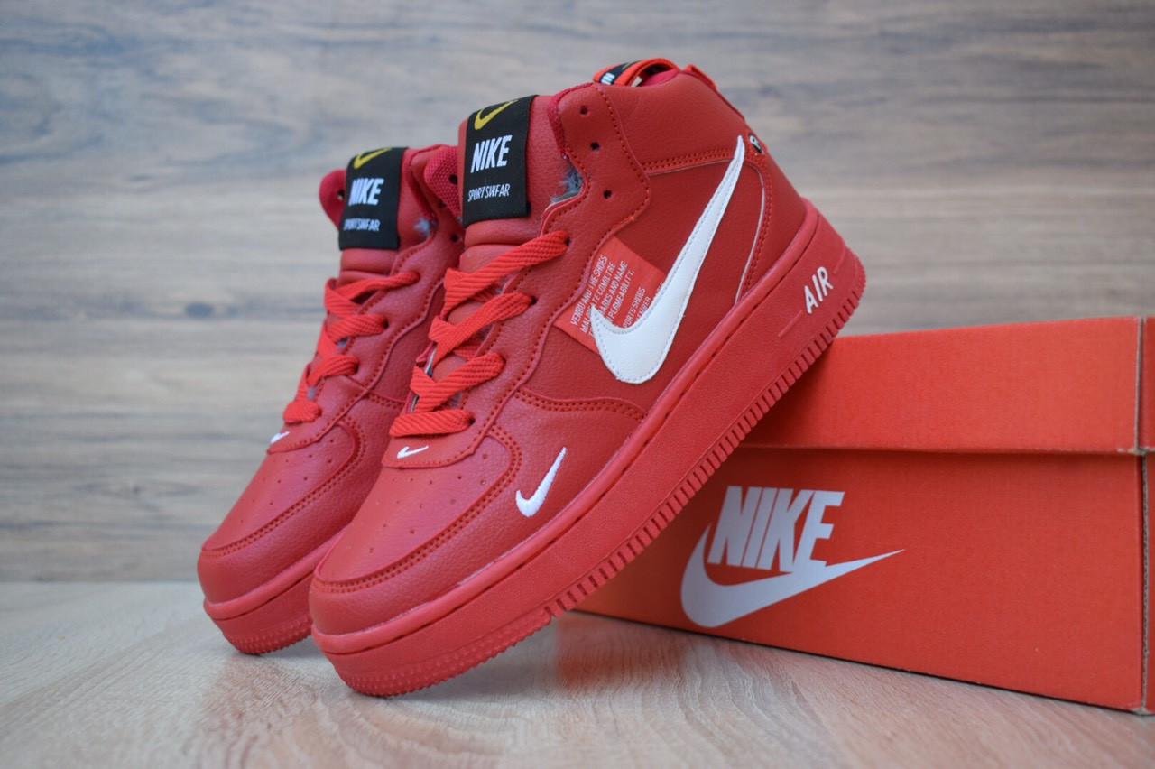 Женские кроссовки Nike Air Force 1 Mid LV8 (на меху) зима, красные. Размеры (36,37,38,39)