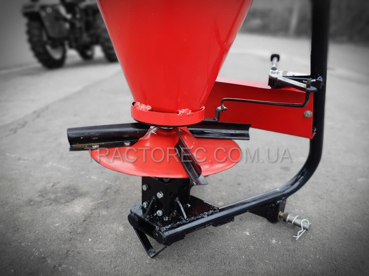 Разбрасыватель минеральных удобрений объемом 100л на трехточковое крепления трактора. РУМ-100 Шип