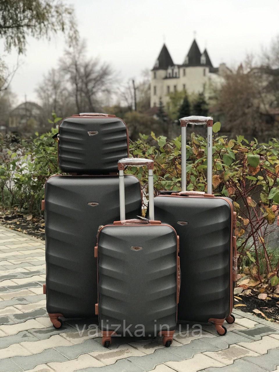 Комплект чемоданов пластиковых 3 штуки мини, средний, большой Wings с кофейной фурнитурой графит