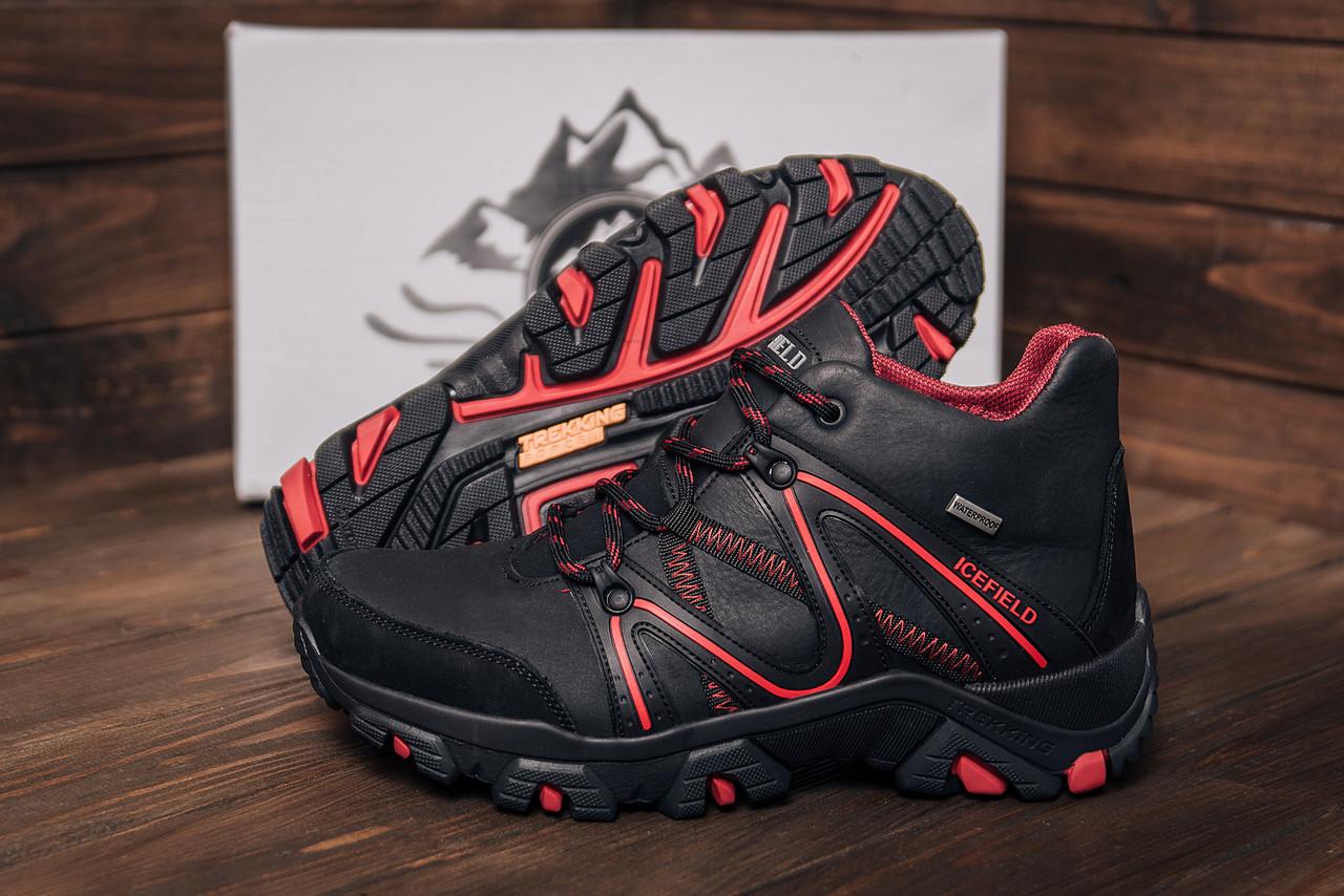 Ботинки зимние кожаные черного цвета с красными вставками