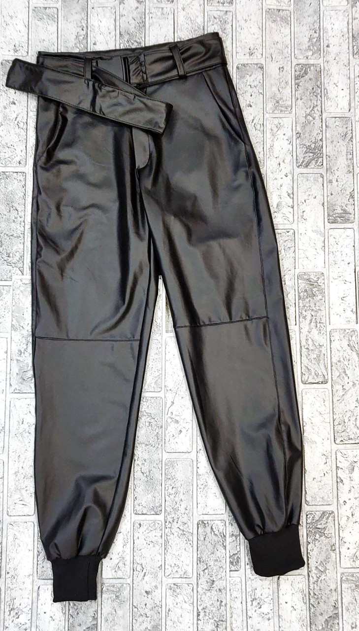 Современные кожаные брюки женские с поясом (M-XL)