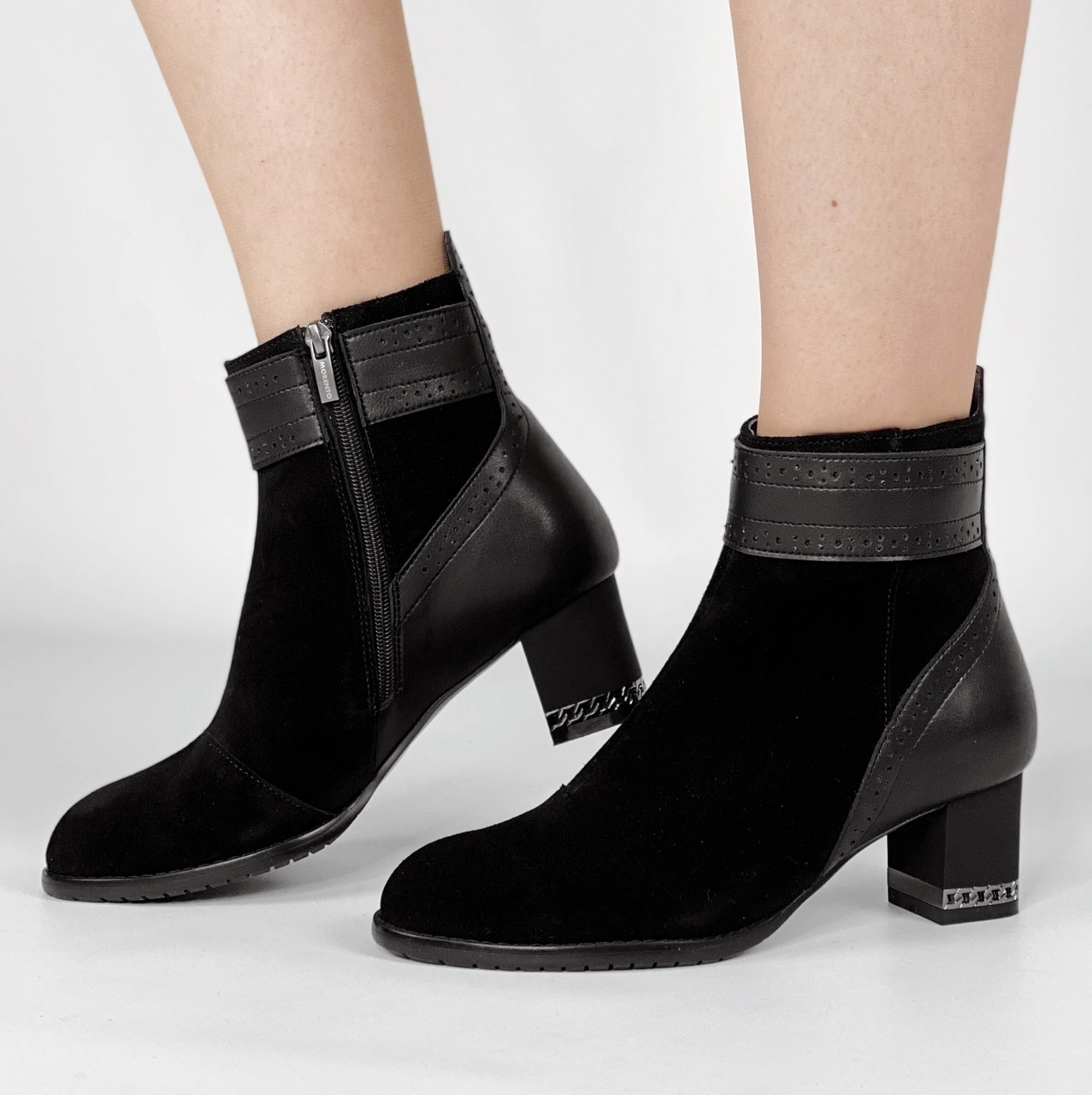 Ботинки женские замшевые черные с кожаными вставками на устойчивом невысоком каблуке MORENTO (весна-осень)