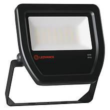 Прожектор уличный LED LEDVANCE FLOOD LED 30W/4000K BK 100DEG IP65