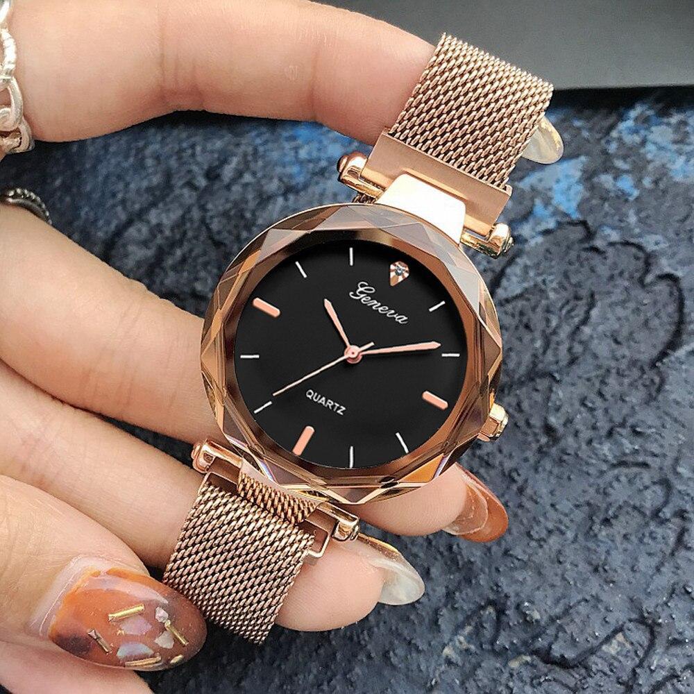 Кварцевые наручные женские часы с металлическим ремешком код 438