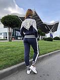 Женский брендовый вязаный костюм с логотипами, в синем цвете, р.42/46, фото 6
