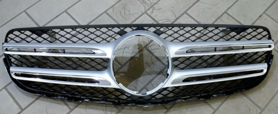 Решетка радиатора для Mercedes GLC-Class оригинал б/у в Украине