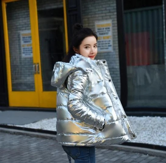 Зимняя куртка женская оверсайз короткий пуховик